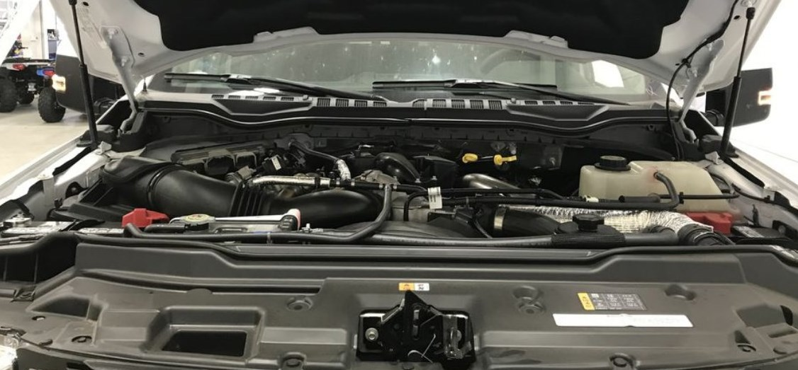 2021 Ford F350 Engine