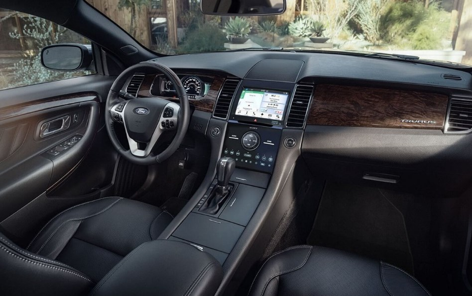 2021 Ford Taurus Interior
