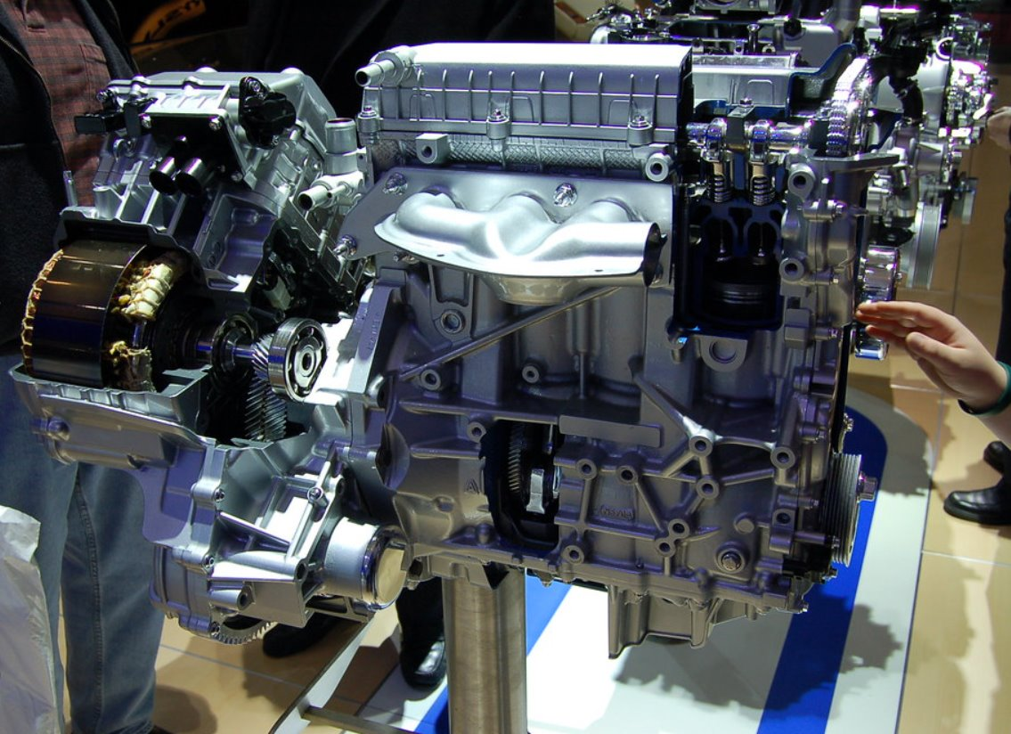 New 2022 Ford Escape Hybrid Engine