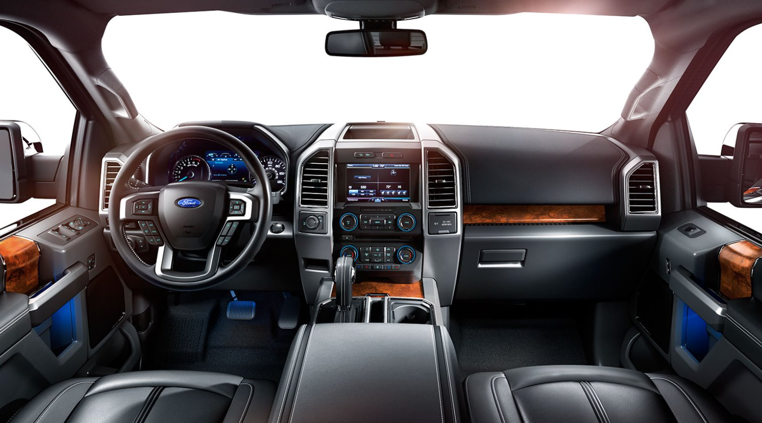 New 2022 Ford F-150 Interior