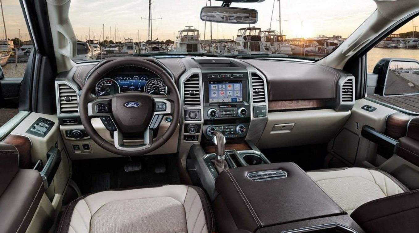 New 2022 Ford F-350 Interior